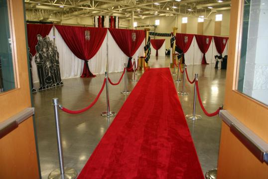 Incredible Red Carpet Prom Decorations 538 x 359 · 32 kB · jpeg
